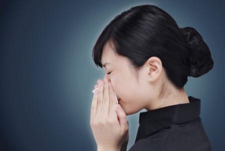 Phân biệt viêm mũi dị ứng với cảm cúm