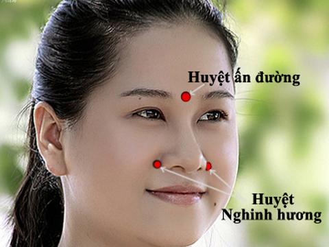 Phương pháp chữa viêm mũi dị ứng bằng bấm huyệt